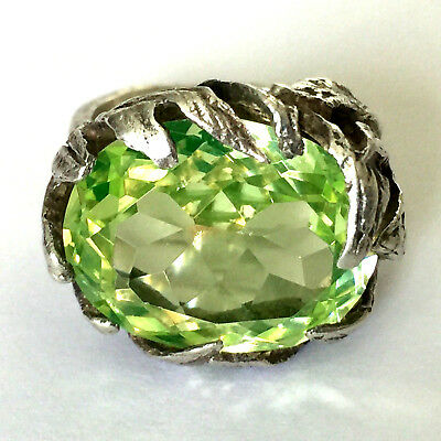 Sterling Silver 925 Ladies Ring Large Green Stone Sz 5.75