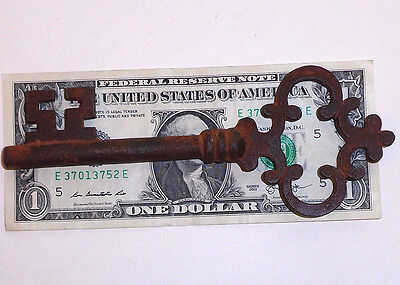 Antique Large Cast Iron Victorian Skeleton Key