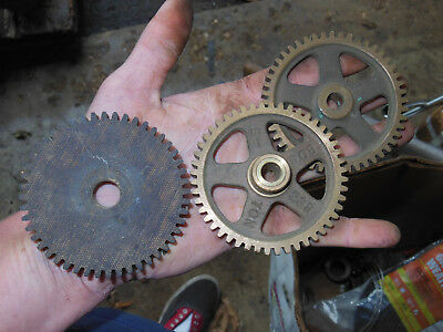 "2 Boston G239 Bronze Worm Gear, 16 Dp, 48 Teeth, 5/16"" Bore."