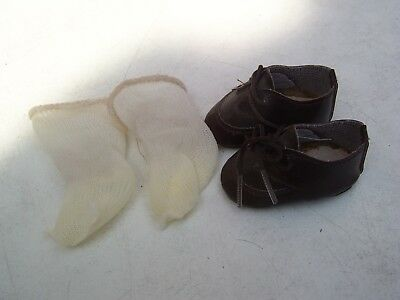 Alte Puppenkleidung Schuhe Vintage Brown Laced Shoes Socks 45 cm Doll 6 cm