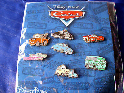 Disney * CARS * New in Package Retired 7 Pin Booster Set