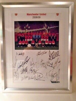 Manchester Utd Team Picture 2008 / 09  With  Autographs  Framed