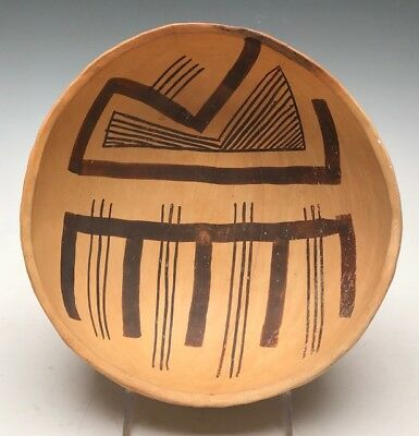 Ancient Anasazi, Jeddito Black on Yellow Painted Parrot Bowl.  (1300 AD)