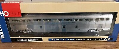 Santa Fe 1956 El Capitan 85' Budd Hi-Level 72 seat coach NIB Walthers 932-9770