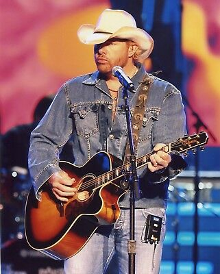 GEORGE STRAIT COUNTRY MUSIC STAR 8X10 PHOTO LL-2