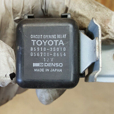 85910-35010 broken side clips-relay works fine Toyota 056700-8654 Relay