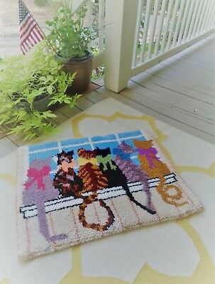 Charming Handmade w/ Love Cute Cats Vintage Hooked Rug Must See Great Colors!!!!