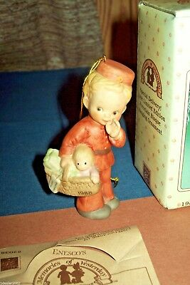 Memories of Yesterday Special Delivery Limited 1988 Porcelain Figure Ornament