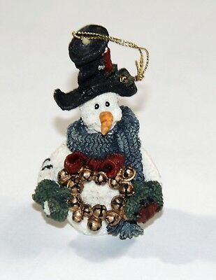 BOYDS BEARS Jingles the Snowman w/ Wreath Christmas Ornament, NIB!!  ($9.50)