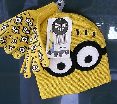 """""""despicable Me""""   Boys Hat & Gloves Set -One Size Fits Most ( Ages 4-7 )  Nwt"""
