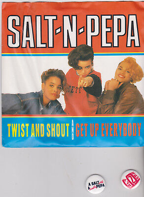 """Salt 'N' Pepa - Twist And Shout 7"""" UK P/S 1988 With Two Badges"""