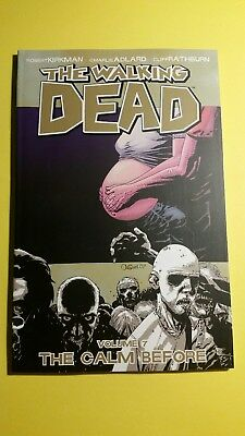 The Walking Dead, Volume 7: The Calm Before -graphic novel immaculate condition