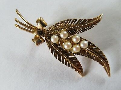 Beautiful 9ct Gold And Cultured Pearl Fern Leaf Spray Brooch Pin 4.5 grams