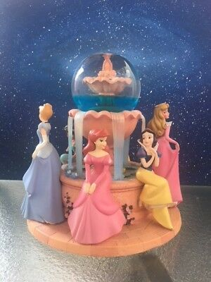 All Disney Princess (6) Wishing Fountain Snowglobe Collectible preowned