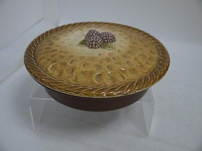 Pie Dish & Lid with Blackberry Feature in Brown Tones - No Makers Mark (CR120)