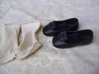 Alte Puppenkleidung Schuhe Vintage Black SlipOn Shoes Socks 45 cm Doll 6 cm