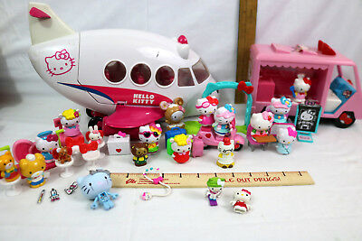 Mixed Lot Hello Kitty and Friends Figures & Accessories - Sanrio - 40pcs
