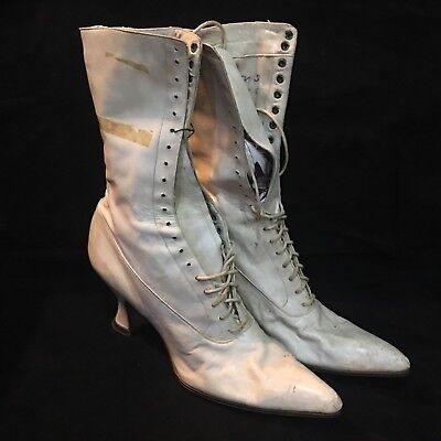"""Vintage Victorian Lace Up White Leather Ladies Boots 9 3/4"""" long by 10 1/2"""" tall"""