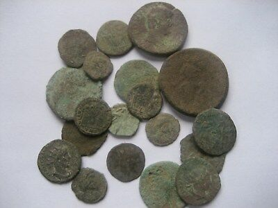 Job Lot Of 19 Uncleaned/unresearched Roman A/e Coins