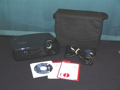 OPTOMA DS550 Projector + Carrying Bag 135 Lamp Hours Works Great!