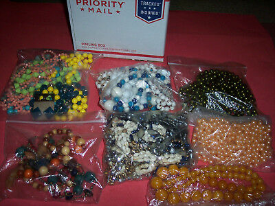 Estate Lot Of Pre-Owned Ladies Womens Costume Jewelry, Pearls, Beads, Necklaces