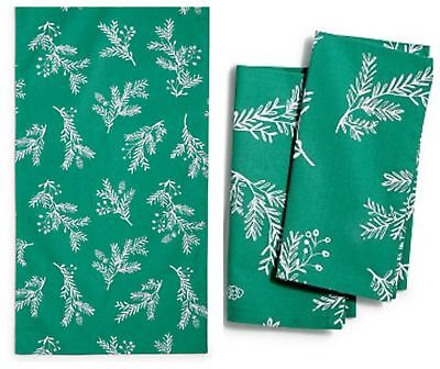 The Cellar Spring Table Runner 15 x 72 Set of 2 Napkins 19 x 19 Green NWT T7