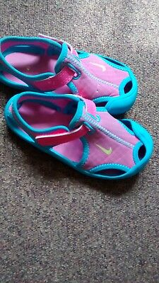 35cd7f5bf6cff Nike Girls Pink And Blue Beach swim Sandals Size 6 Infant