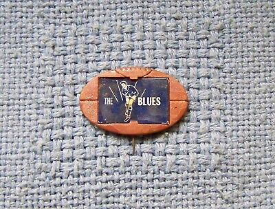 1960s Twisties Carlton Football The Blues plastic Footy badge -Not Cereal Toy