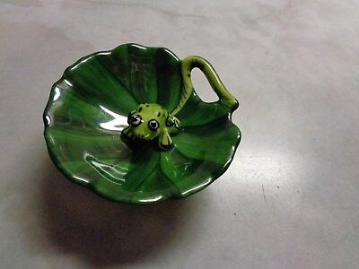 Limoges France Peint Main Eximious Frog On Lily Pad Pill Or Trinket Box