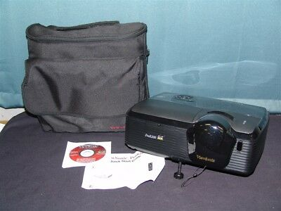 ViewSonic PRO8200 DLP 1080p Projector + Carrying Bag 814 Lamp Hours Works Great
