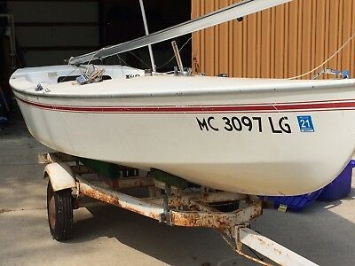 1980 Customflex Interlake 19' Sailboat & Trailer - Michigan