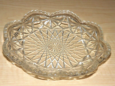 Scallop saw tooth rim crystal clear cross hatch Avon trinket glass dish plate