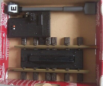 LGB Ref 10560 G Gauge 2 x Electric Uncoupling Track with Lighted post 1 boxed