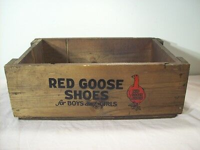 vintage~RED GOOSE SHOES~WOODEN BOX ADVERTISING STORE DISPLAY SHIPPING CRATE~RARE