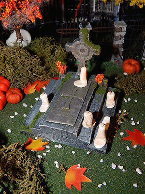 .Halloween 10 Melting CANDLES ~ Miniature for Dept 56 VILLAGE, dollhouse SPOOKY