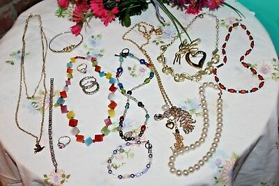 Lot of Vintage/Modern Jewelry~Glass Beads/Metal~Necklaces/Rings/Brooch/Bracelets