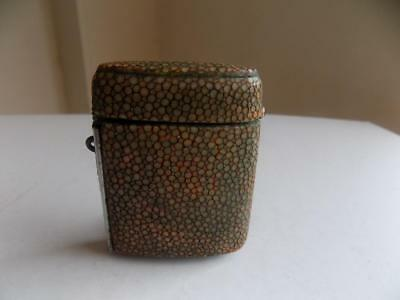 Art Deco 1930's Stunning Slimline Shagreen Vesta Case / Match Striker