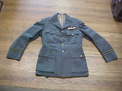 Named Orig WW2 RCAF Tunic With Rare Variation Pilots Wing 1943 Dated