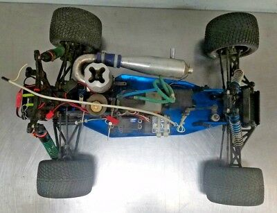 TEAM ASSOCIATED RC10 GT RC Car w/ Transmitter - Fix or Parts Good Project Buggy!