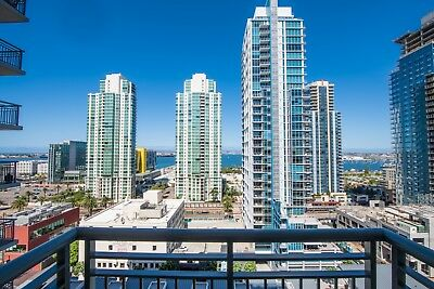 Downtown San Diego High Rise Condo With Stunning Bay/city Views For Sale!!!