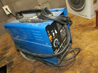 Chicago Electric 132T --  Mig Wire Welder    (lot 3925)