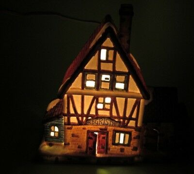 Christmas Village House Light Up Very Good Condition