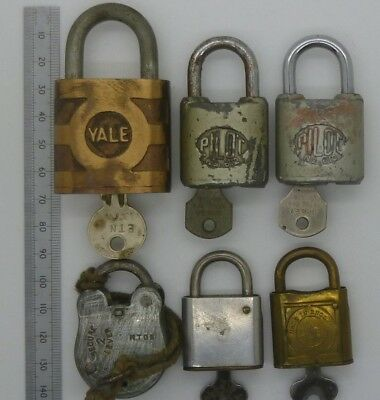 LOT OF 6 VINTAGE PADLOCKS WITH KEYS, YALE, PILOT x2, SECURE LEVER, BB & UNNAMED
