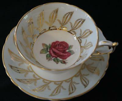 PARAGON BY APPOINTMENT TO HM QUEEN Cabbage Rose Teacup and saucer Mint Condition