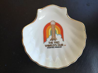 THE 1982 WORLDS FAIR KNOXVILLE TENNESSEE Scallop PLATE