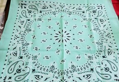 """Mint Traditional Paisley Bandanna MADE IN USA 21"""" SQUARE Overedged  100% cotton"""