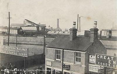 SHREWSBURY RAILWAY CRASH OCT 15th 1907 B&W USED POSTCARD  MY REF 1418