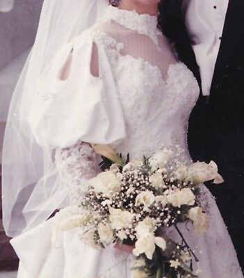 Juliet Fitted Long Sleeve White Wedding Bridal Gown Dress w/original box