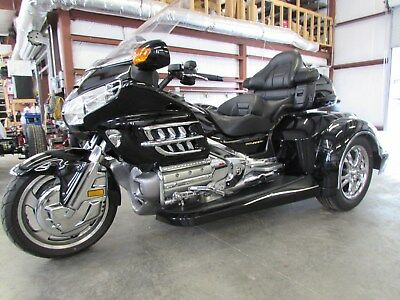 2004 Honda Gold Wing  2004  HONDA GOLDWING GL1800 NEW  ROADSMITH HTS1800 TRIKE WITH RUNNING BOARDS