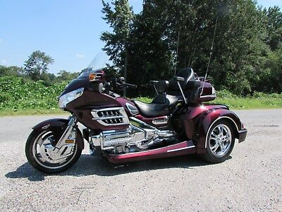 2007 Honda Gold Wing  2007 HONDA GOLDWING GL1800 NEW  ROADSMITH HTS1800 TRIKE WITH RUNNING BOARDS
